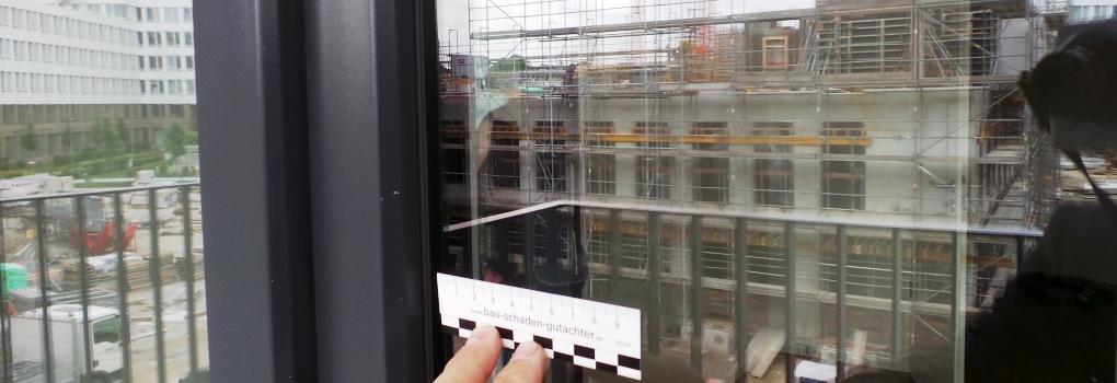 Bau Schaden Gutachter - Glasfassade